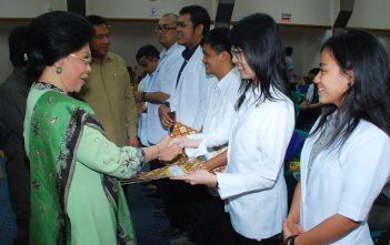 Pelepasan 405 orang Dokter PTT