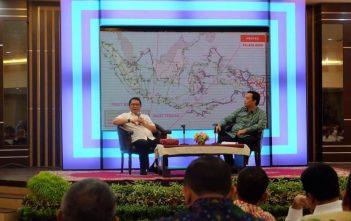 Menteri Kominfo Rudiantara sosialisasi Palapa Ring Barat   dihadapan Kepala Daerah Prov Riau dan Kepulauan Riau - 20160615