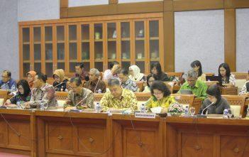 rapat-menkes-dengan-komisi-ix-dpr-24-08-2016