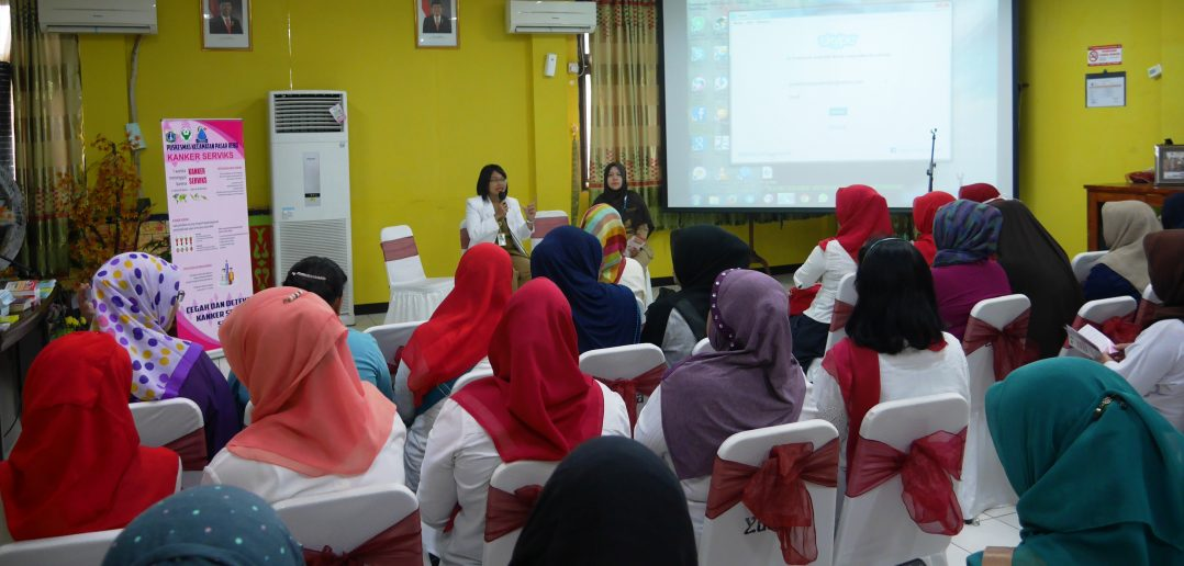 11-10-2016-peninjauan-pelaksanaan-pekan-deteksi-dini-kanker-pada-perempuan-2