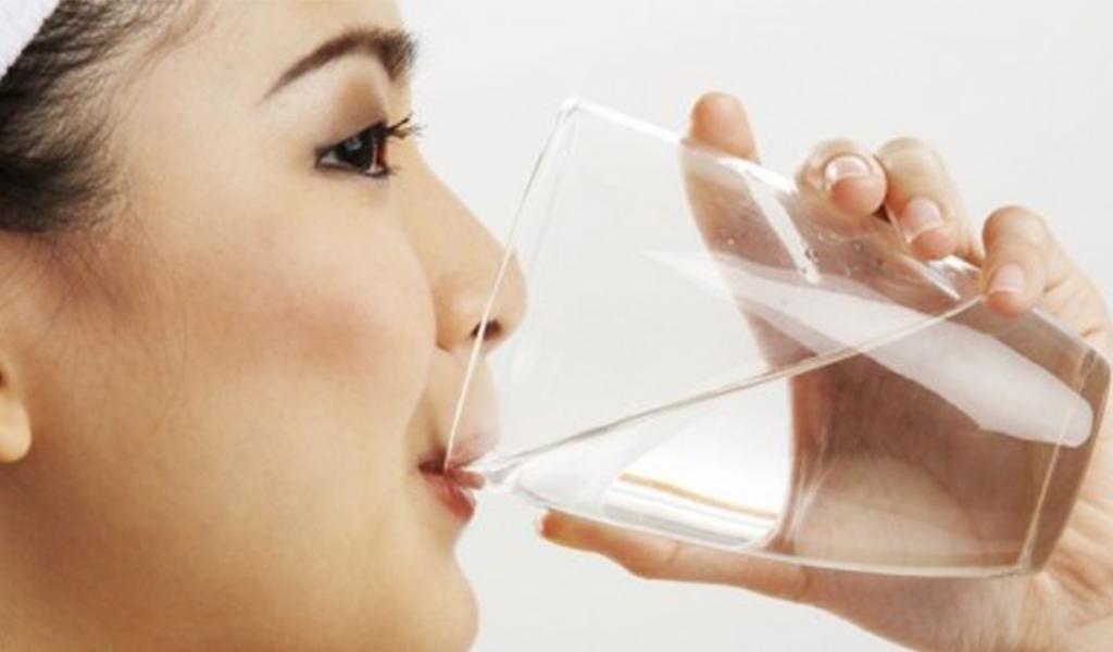 Manfaat Minum Air Putih Yang Bisa Mencegah Flu Sehat Negeriku