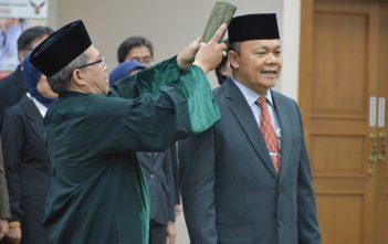 sumpah-jabatan-dilakukan-secara-islam