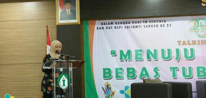 "Direktur Medik dan Keperawatan RSPI Sulianti Saroso dr. Djani Kusumowardani, Sp.A. dalam Talkshow Awam ""Menuju Indonesia Bebas Tuberkulosis"", Selasa (11/4). Penyakit TB yang dapat menyebabkan 274 orang Indonesia meninggal dunia setiap harinya ternyata dapat disembuhkan."