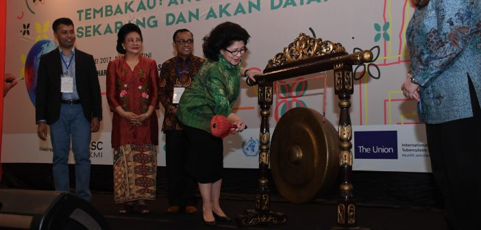 15-5-2017-pembukaan-secara-resmi-pada-the-4th-indonesian-conference-on-tobacco-or-health-ictoh-2017