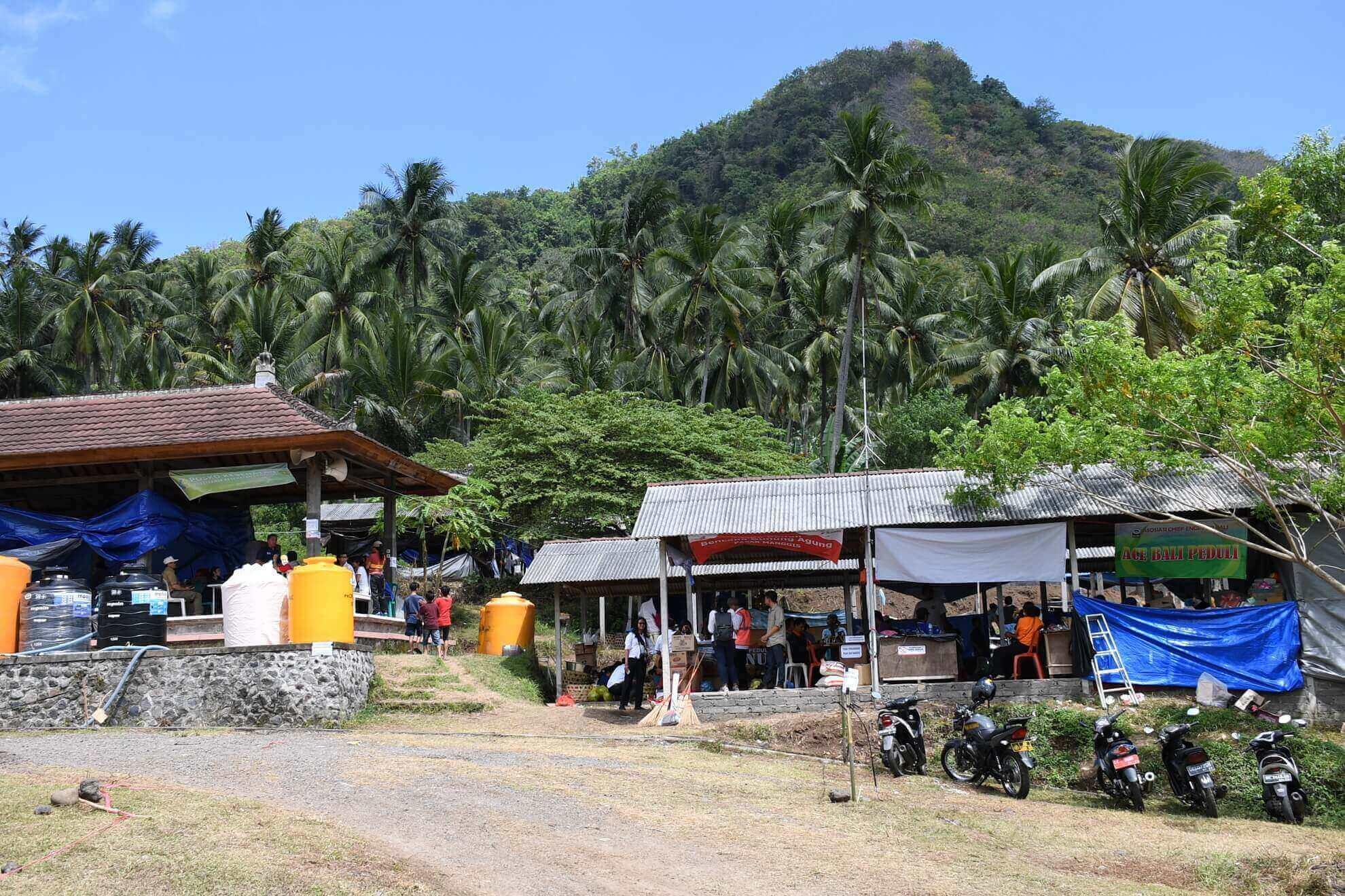posko-tanggap-bencana-gunung-agung-pasar-manggis-desa-karang-asem-2