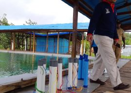 Nakes Upayakan Air Bersih Bagi Warga Asmat