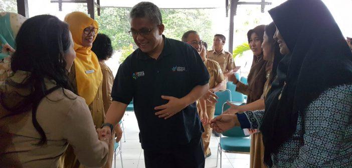 Sekretaris Jenderal Kementerian Kesehatan (Kemenkes) RI drg. Oscar Primadi, MPH melakukan kunjungan dalam rangka monitoring dan evaluasi (Monev) wilayah binaan Kalimantan Barat.