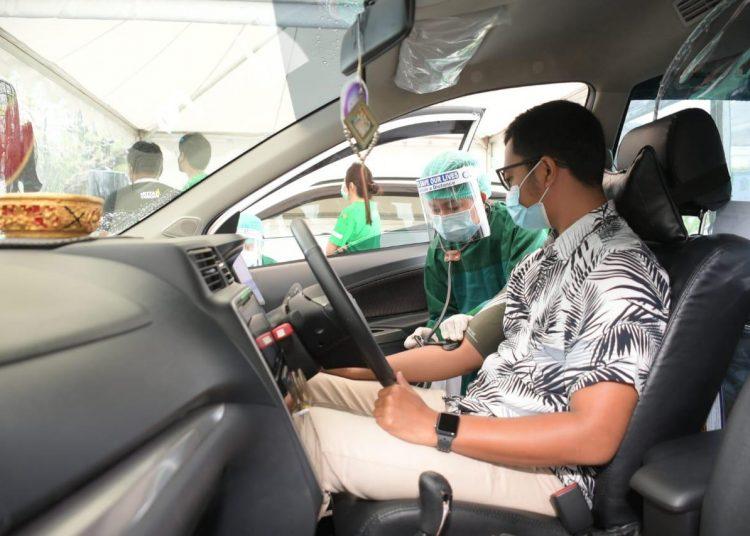 Vaksinasi Drive Thru diklaim Kemenkes sebagai yang pertama di ASEAN.